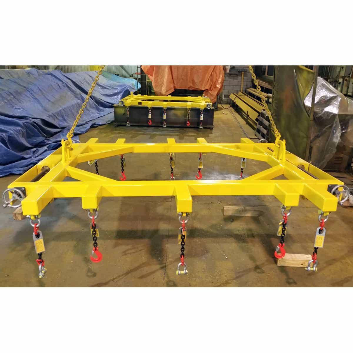 Lifting Beam with adjustable hooks